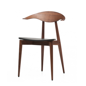 Medium matthew hilton manta chair black walnut   leather