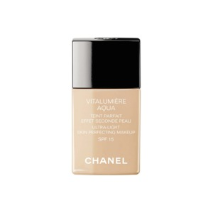 Medium chanel vitalumiere aqua ultra light skin perfecting makeup spf 15 30 beige 30ml.3145891708806