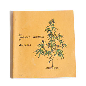 Medium mistergreenthecultivatorshandbookofmarijuana