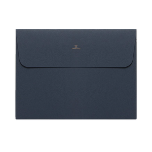 Medium appointed document folder