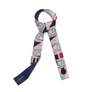 Medium scarf