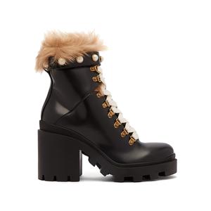 Medium boot