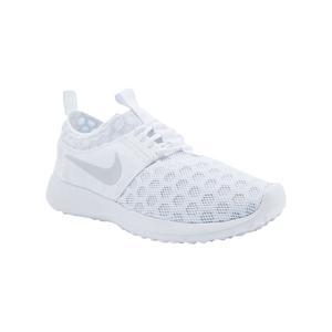 Medium nike juvenate sneakers  1