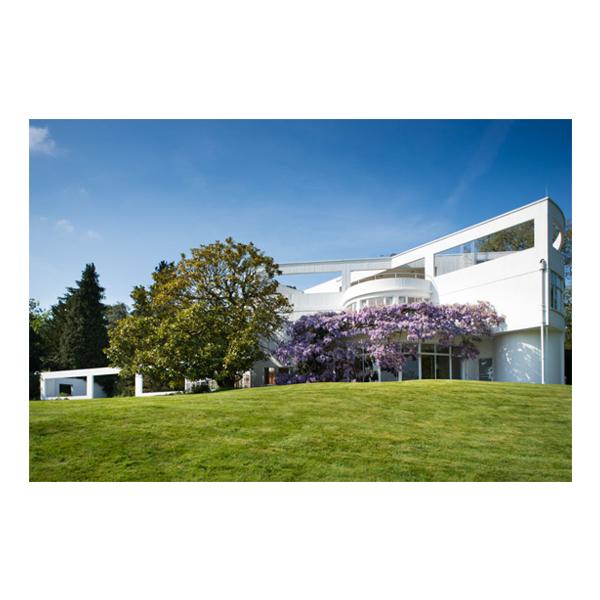 Large modernhouse
