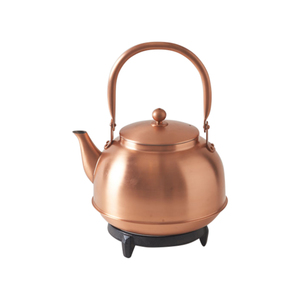 Medium march copper kettle