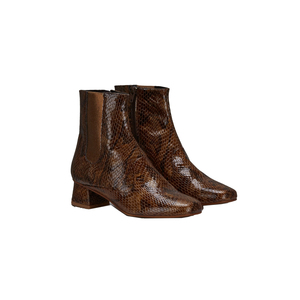 Medium finery elmworth shoes brown angle studio24105  1