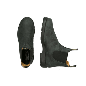 Medium blundstone boots grey
