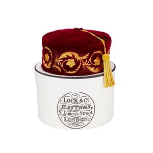 Medium lock embroidered smoking cap