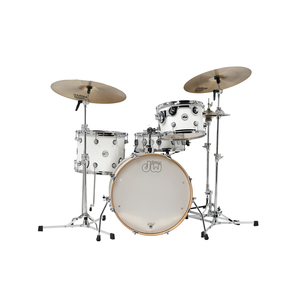 Medium drum shop  dw design series frequent flyer 4 piece shell pack in gloss white