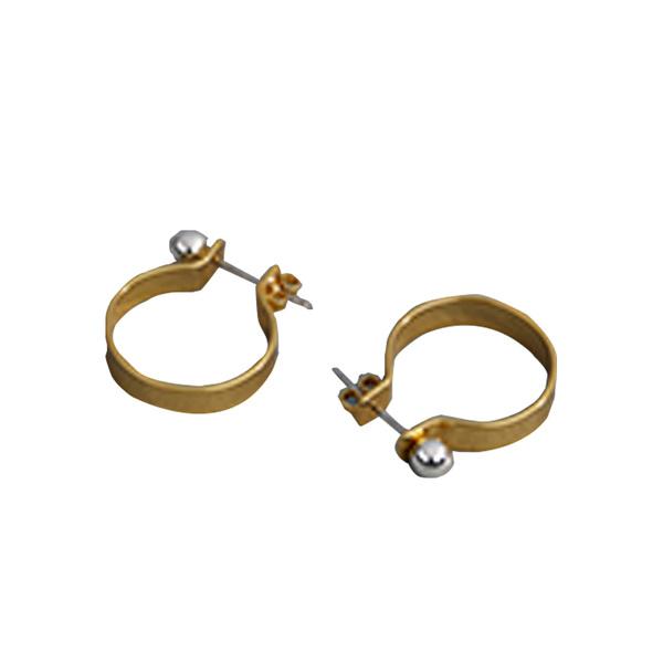Large earrings finery