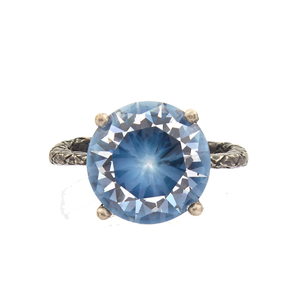 Medium matches bottega venetta cubic zirconia and silver ring