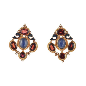 Medium pair of earrings with garnet and kyanite by diego percossi papi