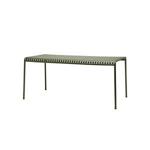Medium hay palissade outdoor dining table