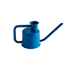 Medium x3 watering can by paul loebach kontextu r