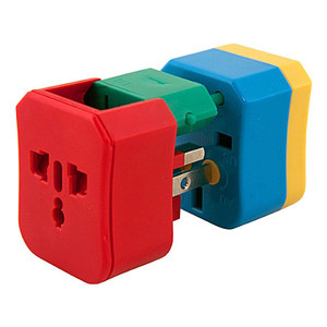Medium the conran shop flight 001 4 in 1 plug adapter
