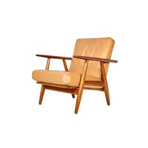 Medium hans j wegner armchair in teak