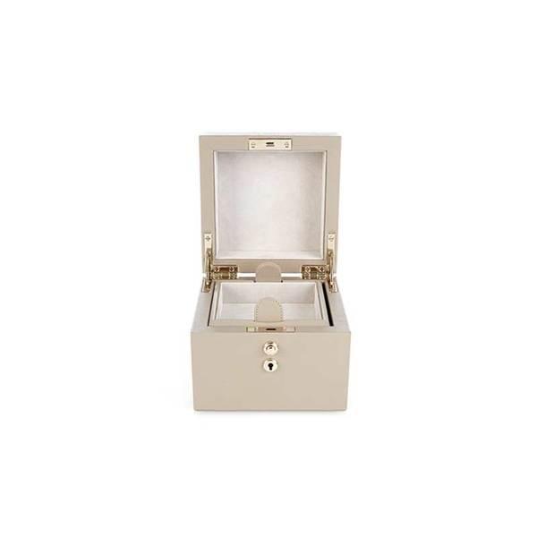 13a716995e04 Smythson - Panama jewellery box - Semaine