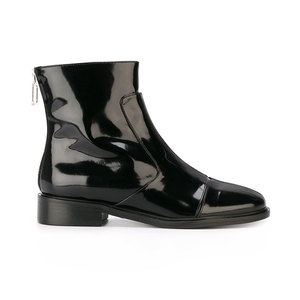 Medium courreges ankle boots patent