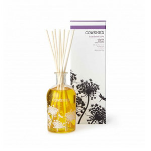 Medium sohohome knackered cow relaxing room diffuser