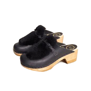 Medium clogs