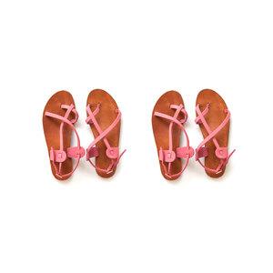 Medium sandals