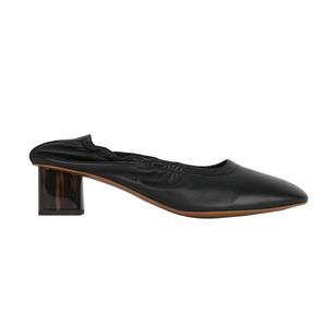 Medium robert c shoe
