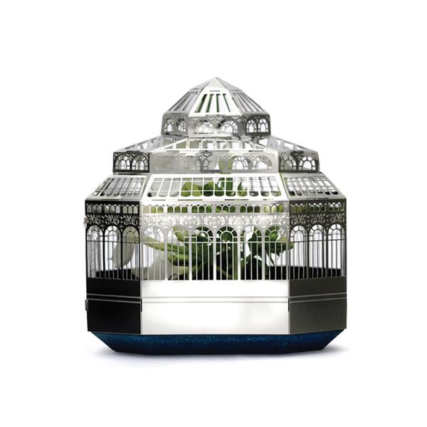 Large planthouse