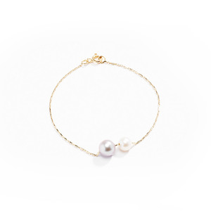 Medium pearly grovel bracelet