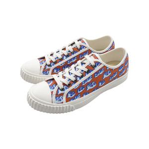 Medium shoes