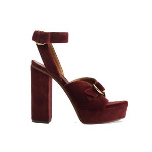 Medium shoe1